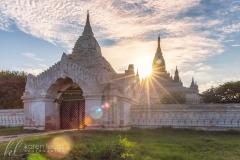 Ananda Temple at sunset by Simona Craparotta
